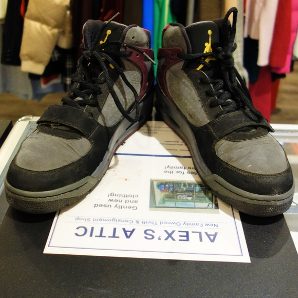 online store 477e8 dcde1 Air Jordan Phase 23 Trek. M 5bfce2e58ad2f94799ca74f8. Other Shoes ...